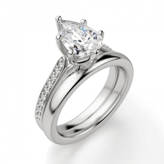 Кольцо с бриллиантом Груша и боковыми бриллиантами,  Больше Изображение 4