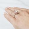 Кольцо из золота с бриллиантом груша в ореоле, Изображение 7