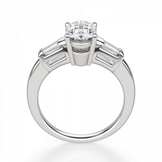 Кольцо с овальным бриллиантом и боковыми багетами,  Больше Изображение 2
