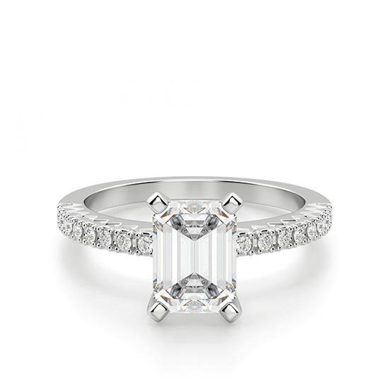 Кольцо c бриллиантом изумрудной огранки паве, Больше Изображение 1