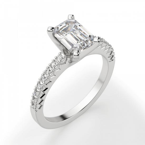 Кольцо c бриллиантом изумрудной огранки паве,  Больше Изображение 3