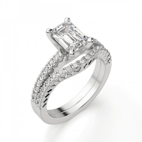 Кольцо c бриллиантом изумрудной огранки паве,  Больше Изображение 5