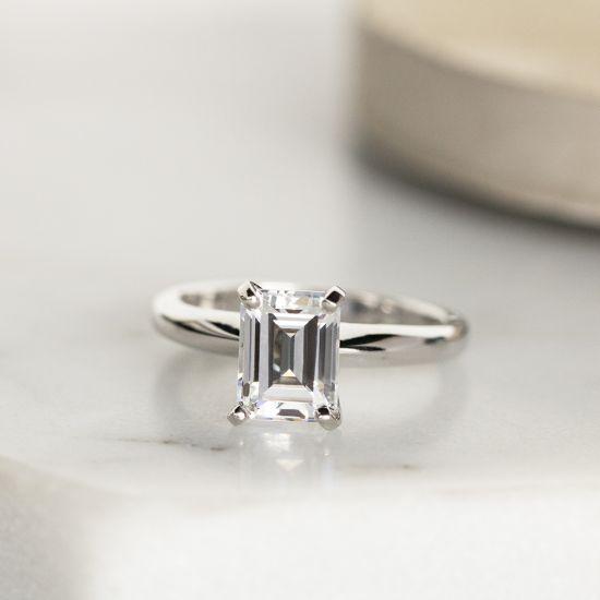 Кольцо с прямоугольным бриллиантом,  Больше Изображение 5