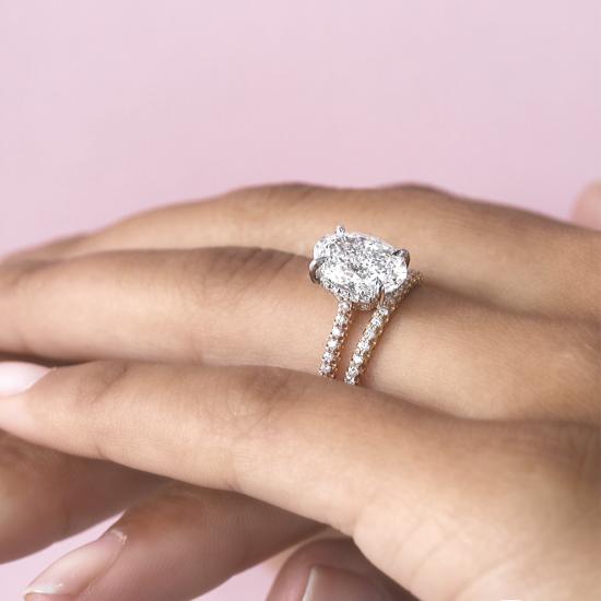Кольцо с овальным бриллиантом и 3й дорожкой,  Больше Изображение 6