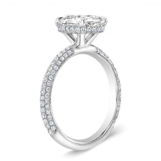 Кольцо с овальным бриллиантом и 3й дорожкой,  Больше Изображение 3