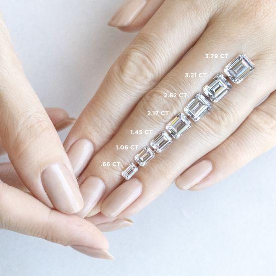 Кольцо с бриллиантом изумрудной огранки,  Больше Изображение 7