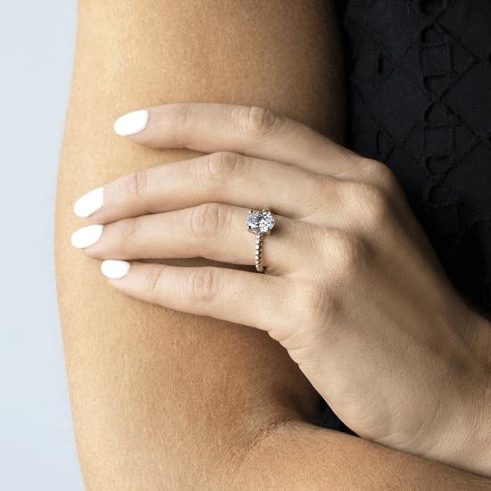 Помолвочное кольцо с бриллиантом овал на шинке из шариков,  Больше Изображение 3