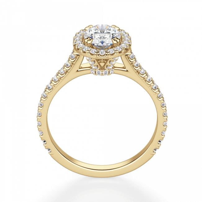 Кольцо с овальным бриллиантом в паве