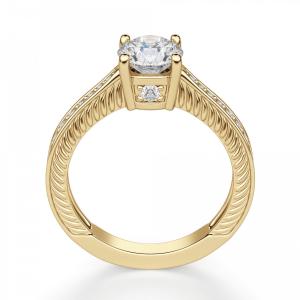 Кольцо с круглым бриллиантом с боковым паве