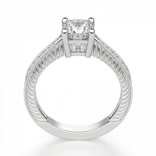 Кольцо с бриллиантом принцесса и паве по бокам,  Больше Изображение 2
