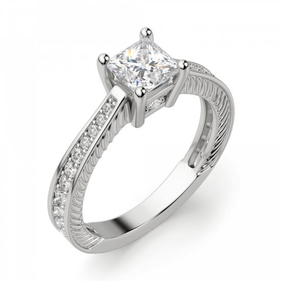 Кольцо с бриллиантом принцесса и паве по бокам,  Больше Изображение 3