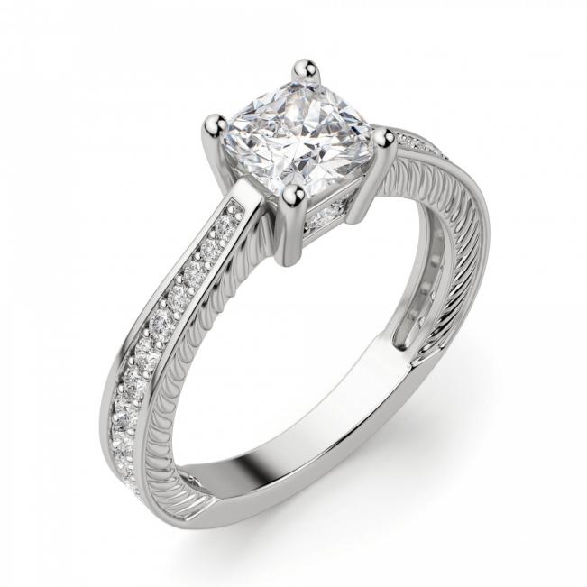 Помолвочное кольцо с бриллианто Кушон и дорожкой по бокам