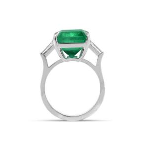 Кольцо с изумрудом 0,8 карат