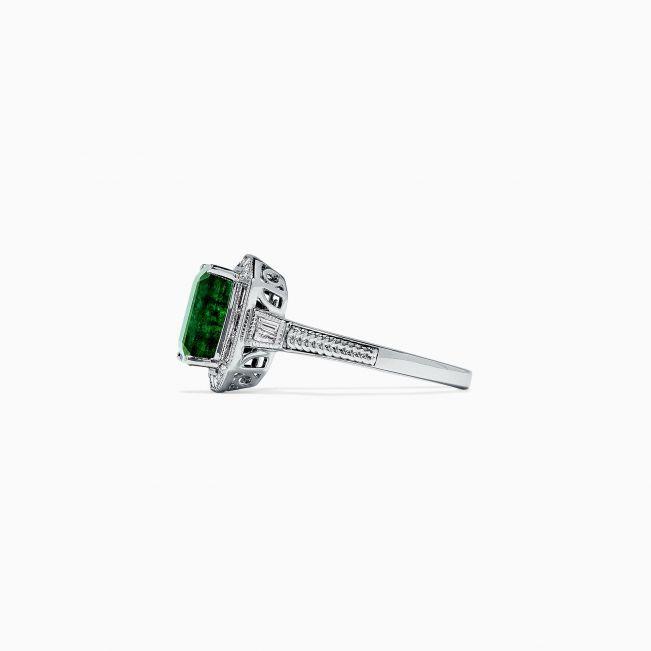 Кольцо с изумрудом и бриллиантами в стиле ар-деко