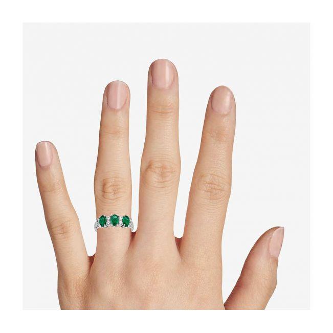 Кольцо дорожка с 3 изумрудами и бриллиантами