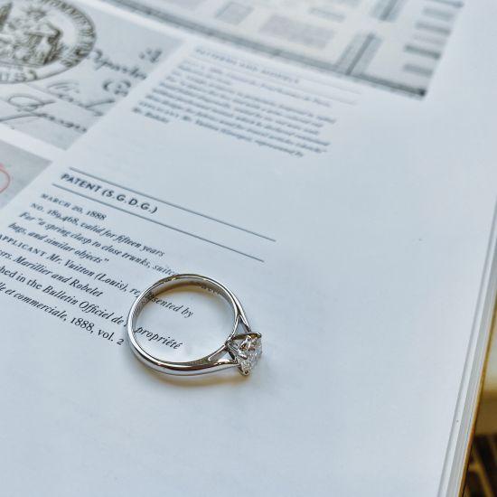 Кольцо с 1 бриллиантом,  Больше Изображение 4