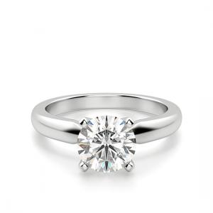 Классическое кольцо с 1 бриллиантом