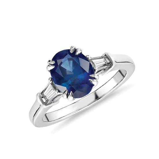 Кольцо с овальным сапфиром и бриллиантами, Больше Изображение 1
