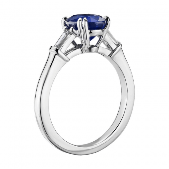 Кольцо с овальным сапфиром и бриллиантами,  Больше Изображение 2