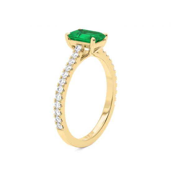 Кольцо с изумрудом и паве из бриллиантов из желтого золота,  Больше Изображение 3