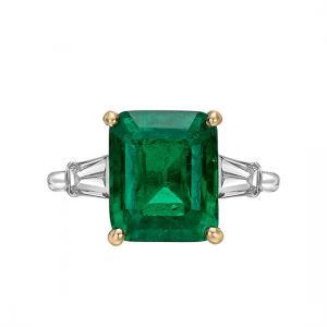 Кольцо с изумрудом 5 карат и боковыми бриллиантами