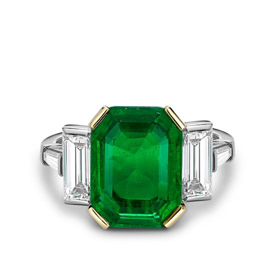 Кольцо с изумрудом и бриллиантами, Больше Изображение 1