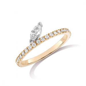 Кольцо дорожка из золота с бриллиантом маркиз