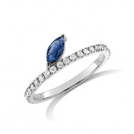 Кольцо бриллиантовая дорожка с сапфиром маркиз