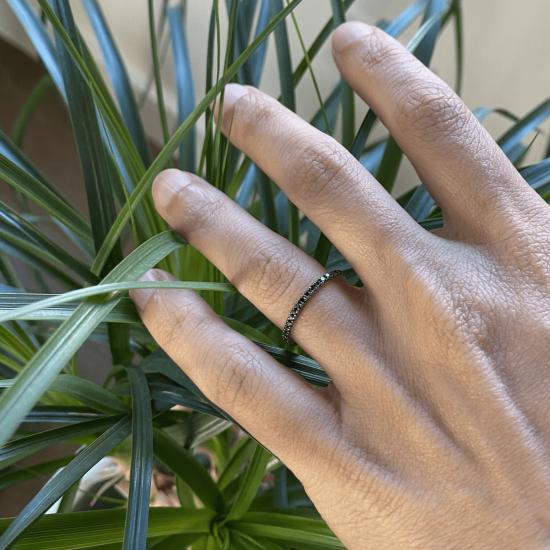 Кольцо простая дорожка с черными бриллиантами,  Больше Изображение 2