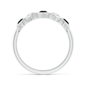 Кольцо дорожка с черными и белыми бриллиантами Miel