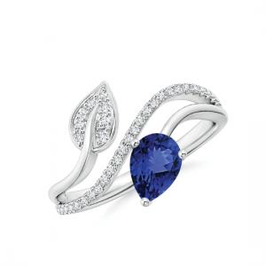 Кольцо изогнутое с танзанитом капля и бриллиантами