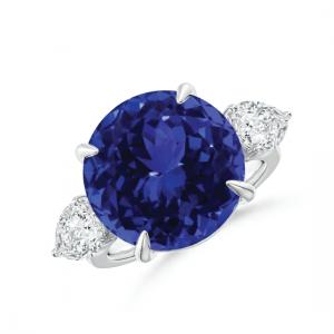 Кольцо с круглым танзанитом и бриллиантами по бокам
