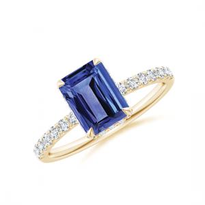 Кольцо золотое с танзанитом эмеральд и бриллиантами
