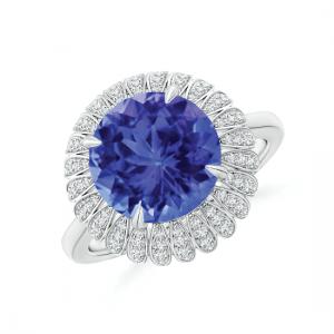 Кольцо с круглым танзанитом в ореоле белых бриллиантов