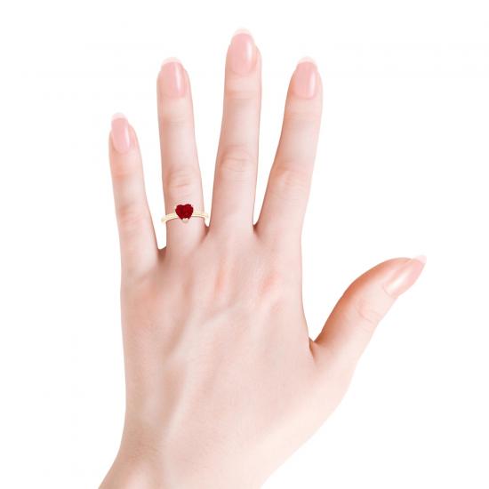 Кольцо с рубином сердце и бриллиантом,  Больше Изображение 3