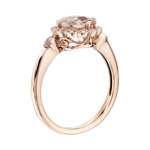 Кольцо с круглым морганитом в окружении бриллиантов