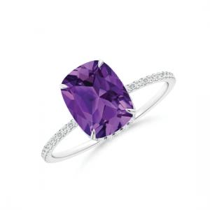Кольцо с аметистом кушон и дорожкой из бриллиантов