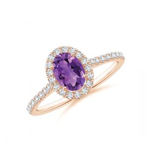 Кольцо с овальным аметистом в бриллиантовом ореоле