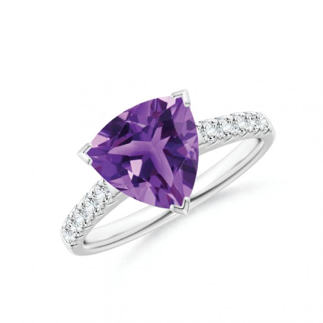 Кольцо с треугольным аметистом и дорожкой из бриллиантов