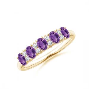 Золотое кольцо дорожка с аметистами и бриллиантами