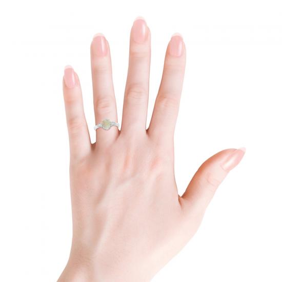 Кольцо с овальным опалом и боковыми бриллиантами,  Больше Изображение 3