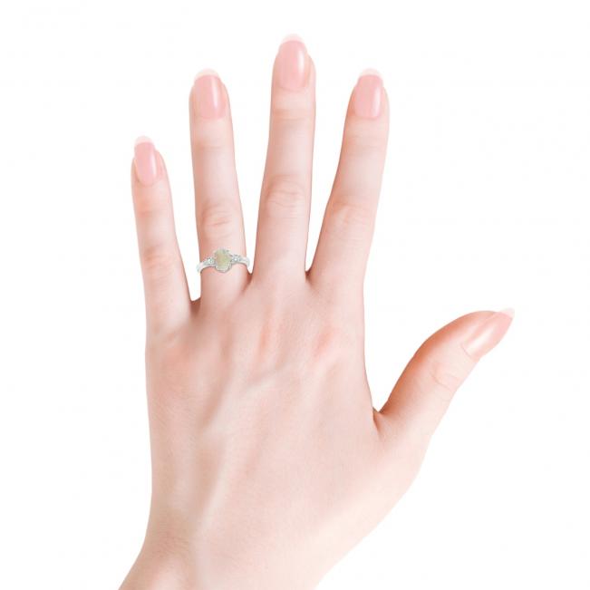 Кольцо с опалом и боковыми бриллиантами - Фото 2