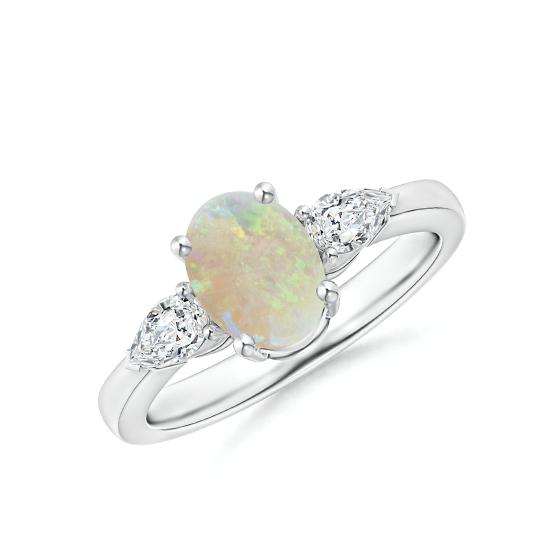 Кольцо с опалом и боковыми бриллиантами, Больше Изображение 1