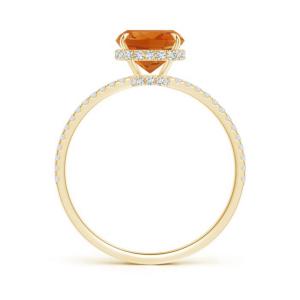 Кольцо из золота с цитрином кушон и дорожкой из бриллиантов