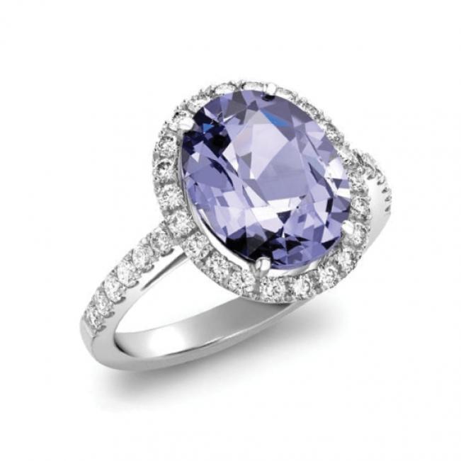 Кольцо со шпинелью в бриллиантовом ореоле