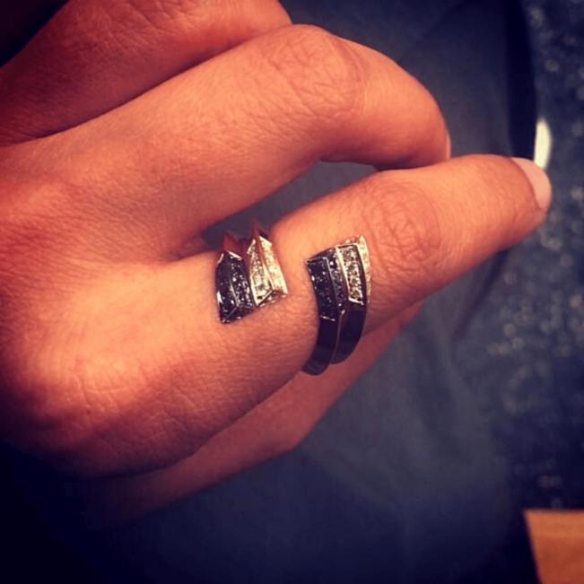 Дизайнерское кольцо с бриллиантами