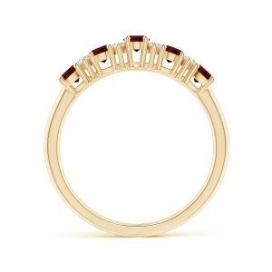 Кольцо из золота с 5 гранатами