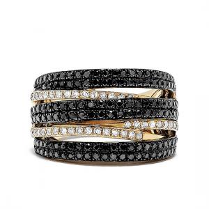 Широкое необычное кольцо с бриллиантами