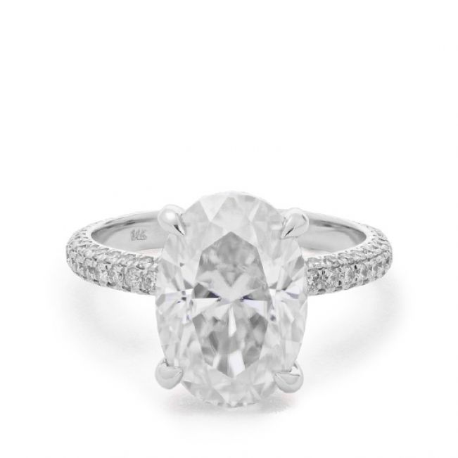 Овальное помолвочное кольцо