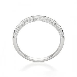 Кольцо из белого золота с бриллиантами на гранях